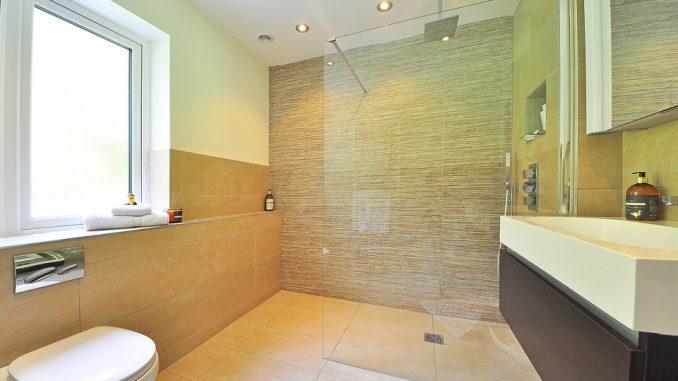 3 revêtements muraux pour moderniser la salle de bain – KelDeco